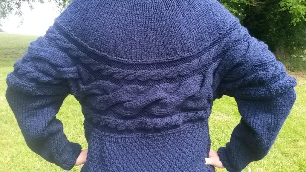 Gilet manches amovibles au tricot - torsade de dos
