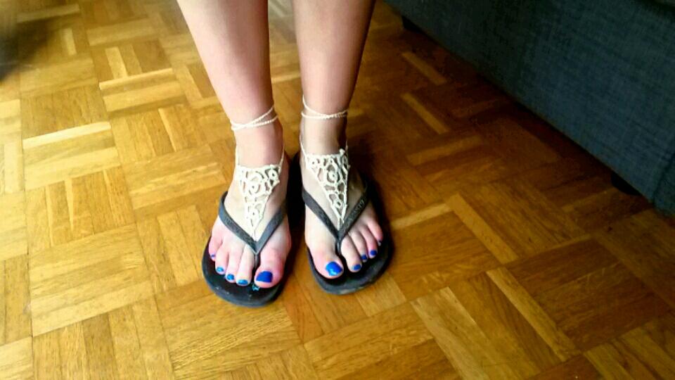 bijoux de pieds tongs