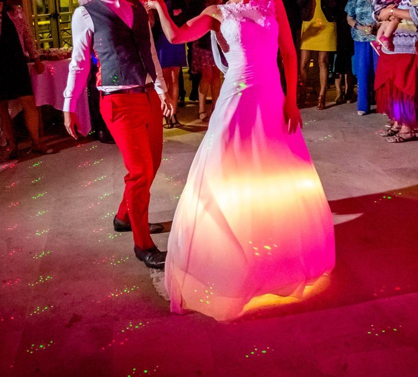 DIY robe de mariée qui s'éclaire - vue de face