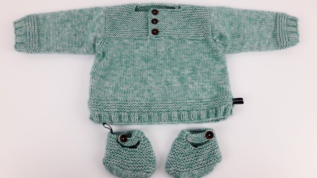 Tricot pull bébé et chaussons - Made By Mel (1)